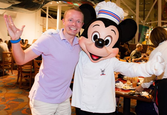 chef-mickeys-tom-bricker-mickey-mouse