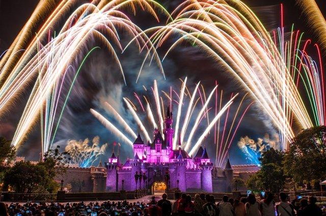 disney-in-the-stars-fireworks-hk-disneyland-2