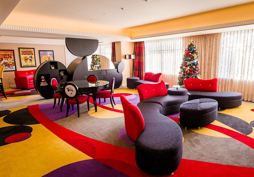 Inside Mickey S Penthouse Suite Disney Tourist Blog
