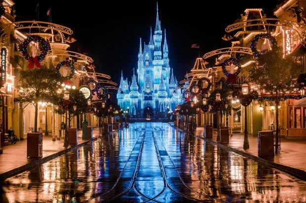castle-dream-lights-wet-main-street