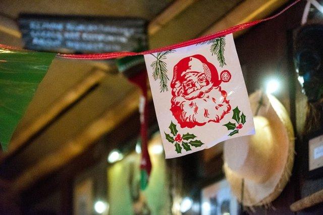 santa-banner-trader-sams