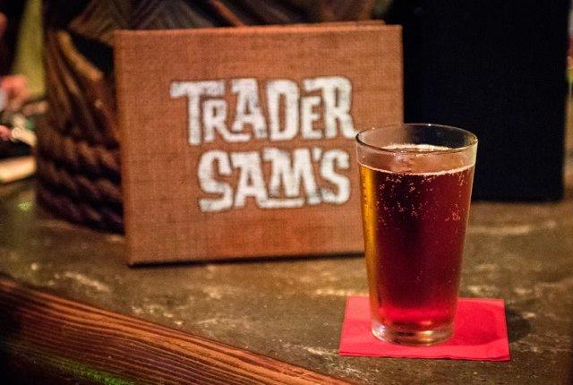 trader-sams-winter-beer