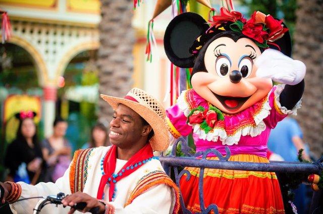 viva-navidad-minnie-mouse