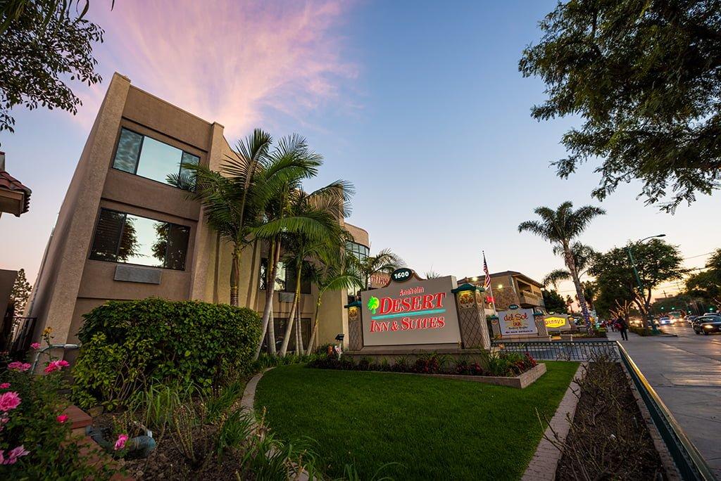 Top 10 Cheap Off Site Disneyland Hotels Disney Tourist Blog