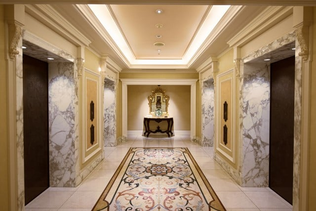 hotel-miracosta-elevator