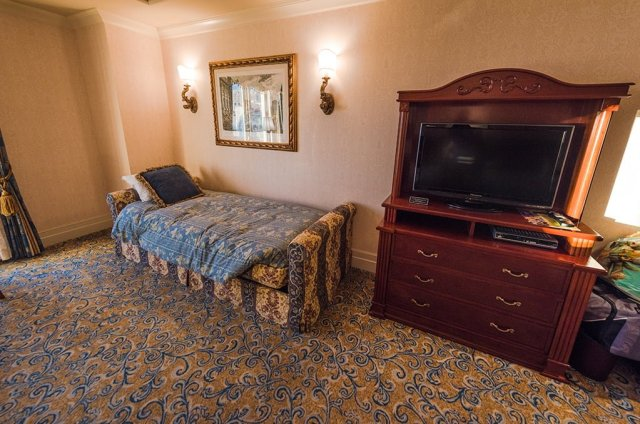 hotel-miracosta-third-bed