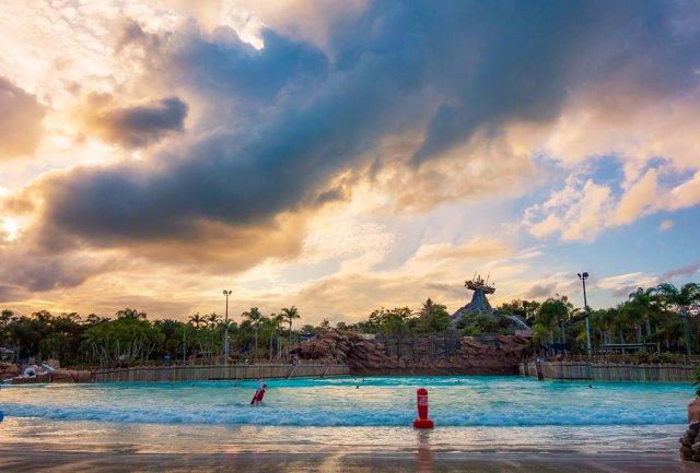 typhoon-lagoon-sunset