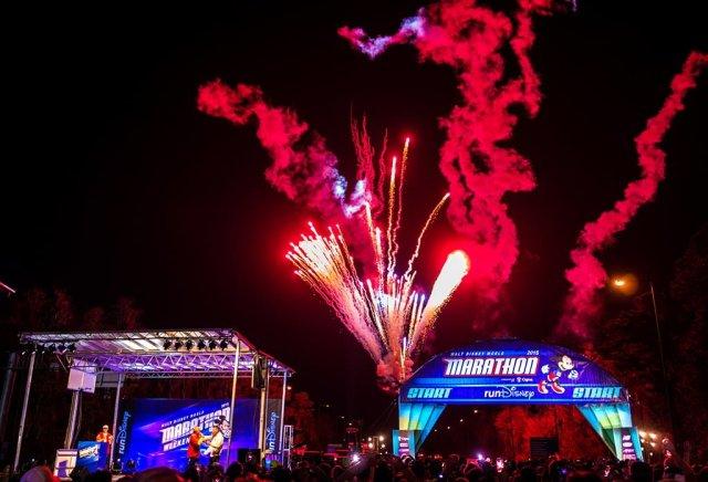 wdw-marathon-fireworks-2