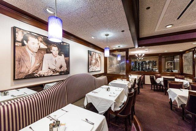steakhouse-55-disneyland-hotel-283