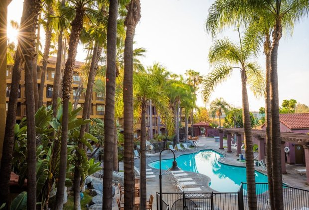 hotel-menage-disneyland-good-neighbor-hotel-589