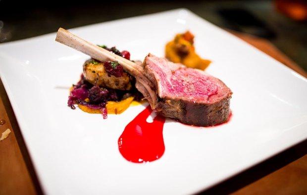 napa-rose-chefs-counter-grand-californian-disneyland-660
