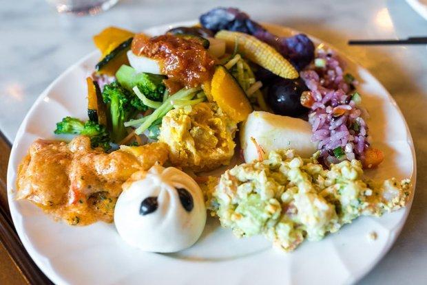 sailing-day-buffet-tokyo-disneysea-570