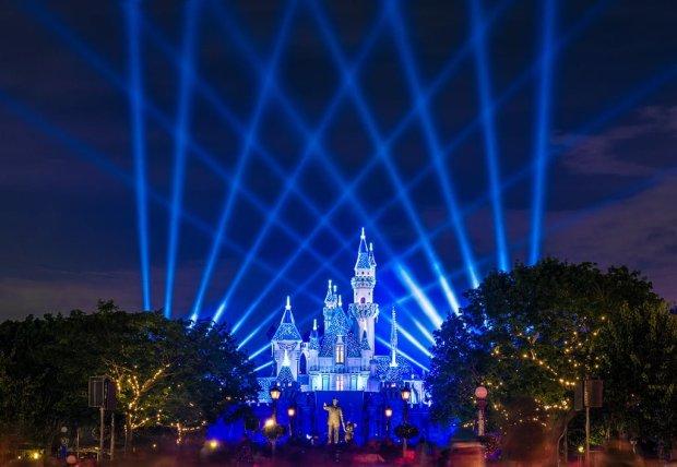disneyland-diamond-celebration-spotlights