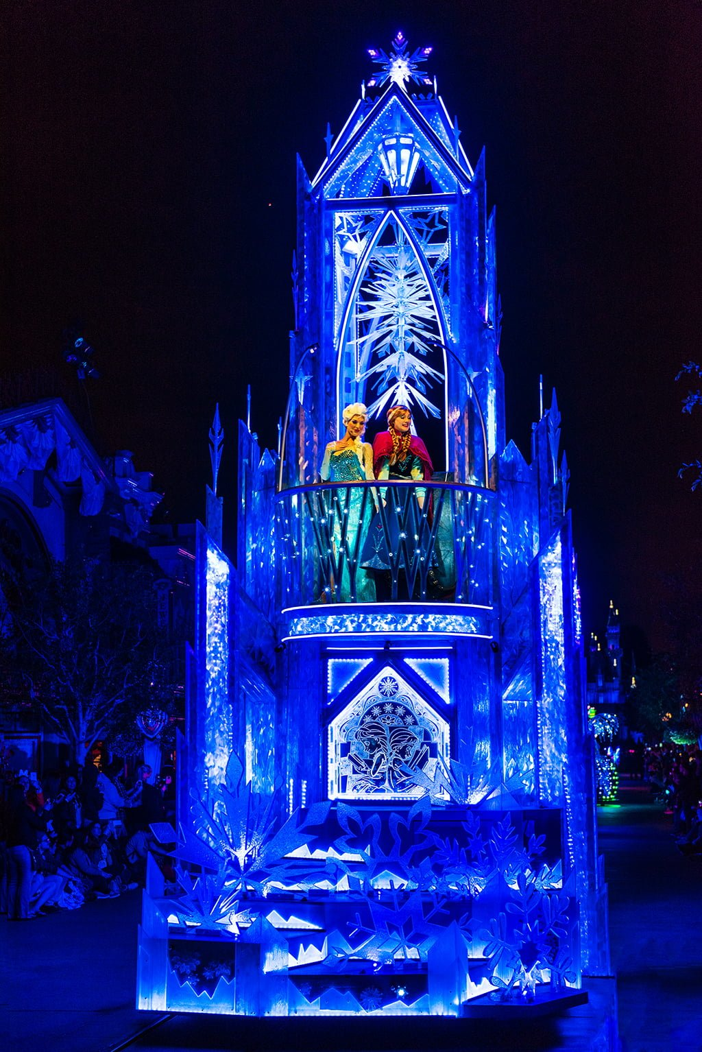 Disney Paint the Night Parade - Disney Tourist Blog