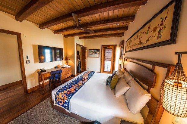 polynesian-bungalow-master-bedroom-fisheye