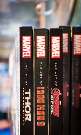 art-disney-pixar-marvel-books-260