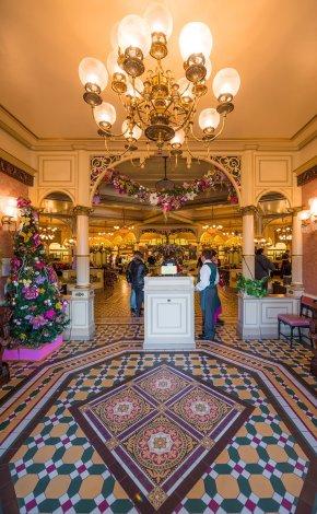 plaza-gardens-restaurant-244