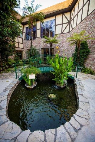 anaheim-majestic-garden-hotel-disneyland-resort-384