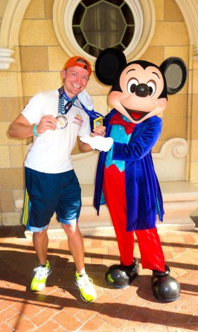 disneyland-half-marathon-10th-anniversary-rundisney-tom-bricker-mickey-mouse-diamond-celebration