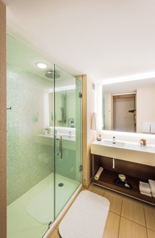hyatt-regency-grand-cypress-shower