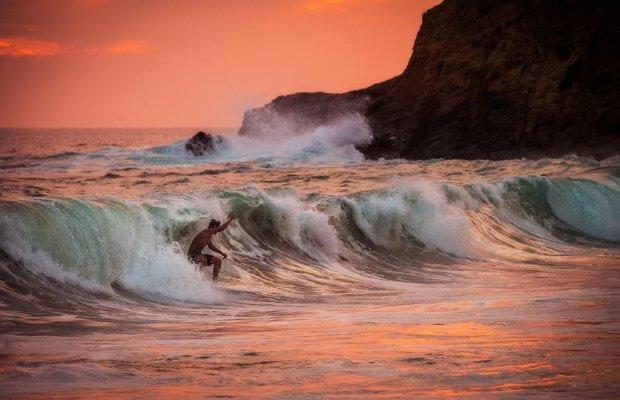 surfer-sunset-super-zoom copy
