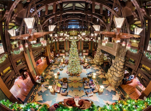 grand-californian-christmas-lobby-fisheye-overhead