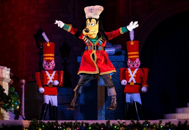 mickeys-very-merry-christmas-party-disney-world-009