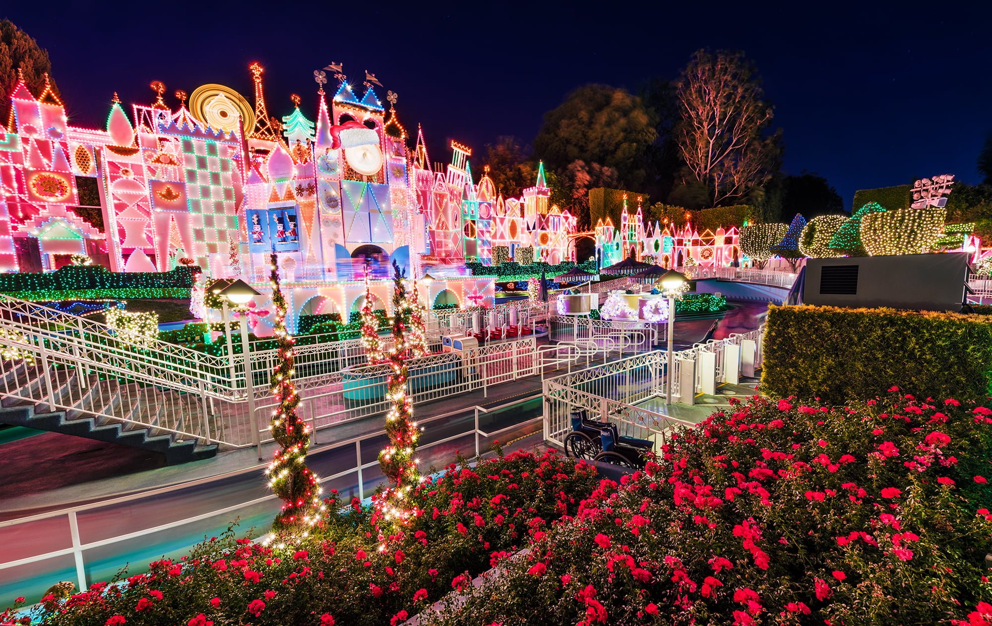 Christmas decoration all around the world - Small World Holiday Exterior Disneyland Flowers Copy