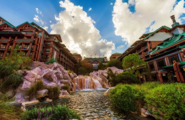wilderness-lodge-water copy