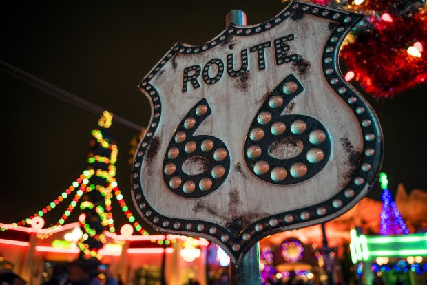 cars-land-route-66-sigma-24-35mm-f2