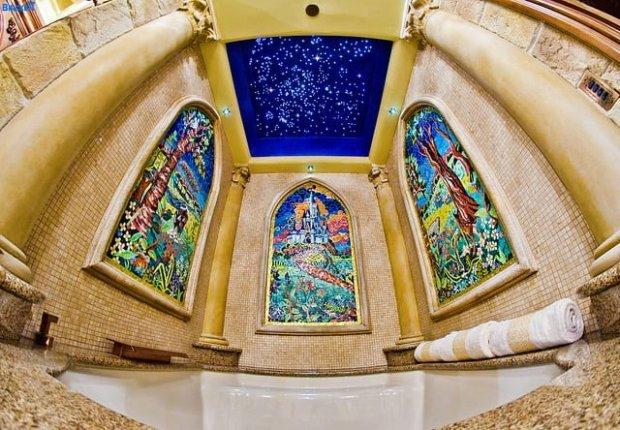 cinderella-castle-suite-bathtub-bricker
