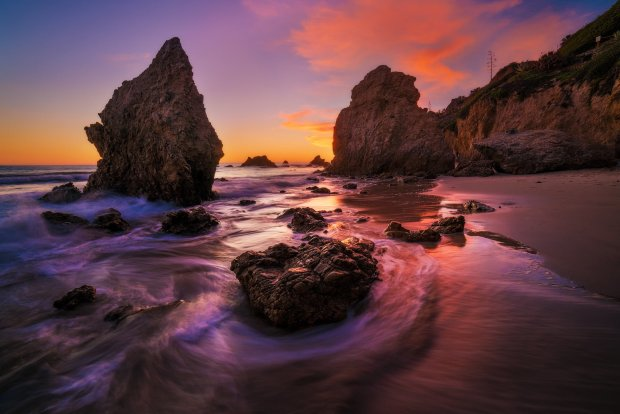 el-matador-beach-sunset-malibu-waves-bricker