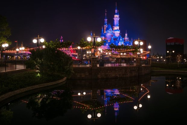 grand-opening-gardens-of-imagination-shanghai-disneyland-bricker