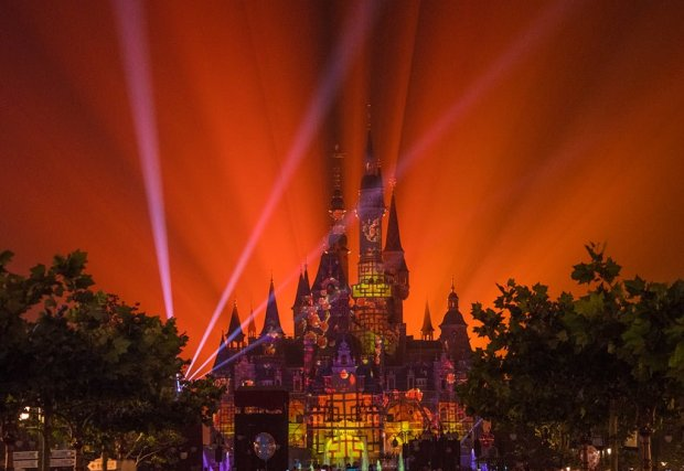 shanghai-disneyland-opening-day-ignite-dream-fireworks-china-post-show-bricker