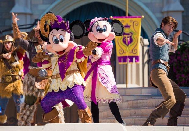 mickeys-royal-friendship-faire-magic-kingdom-walt-disney-world-020