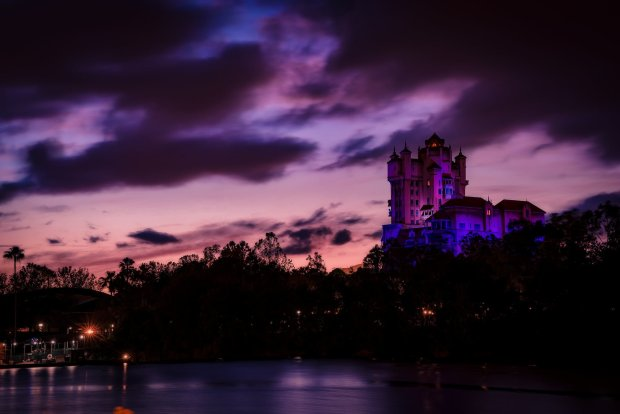 tower-of-terror-dusk-sky-disney-world-bricker