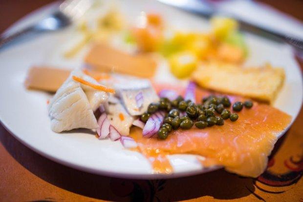 akershus-breakfast-norway-princess-dining-epcot-disney-world-114