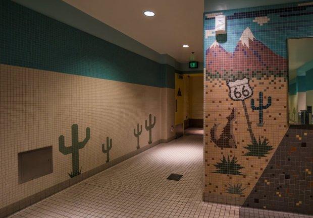 disneyland-restrooms-bathrooms-bricker-008