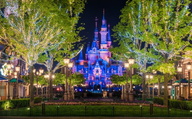 mickey-avenue-popcorn-trees-enchanted-storybook-castle-compressed-shanghai-disneyland_1