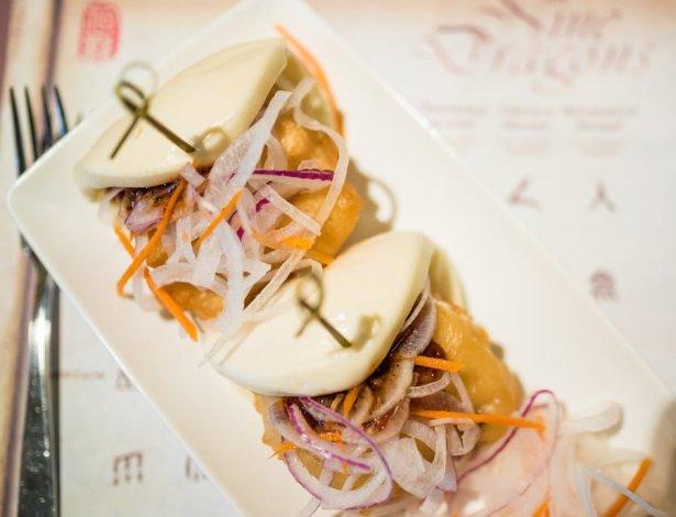 nine-dragons-restaurant-china-epcot-world-showcase-walt-disney-world-003