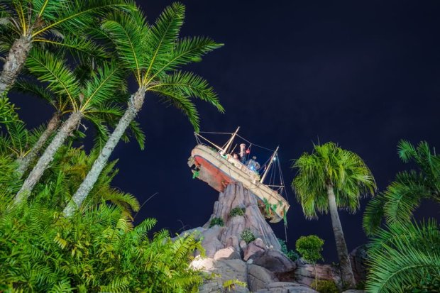 typhoon-lagoon-beach-bash-miss-tilly-palms-bricker