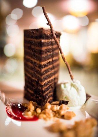 steakhouse-55-lounge-disneyland-hotel-017