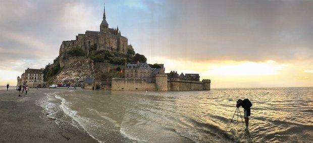 tom-bricker-water-mont-saint-michel