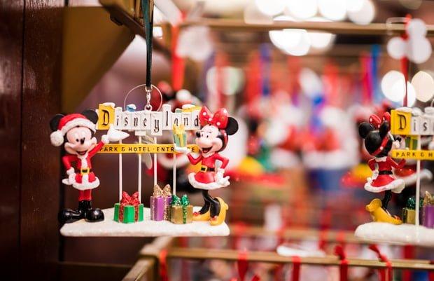 christmas-2016-merchandise-disney-world-disneyland-024