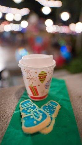 cookies-mickeys-very-merry-christmas-party-walt-disney-world-019