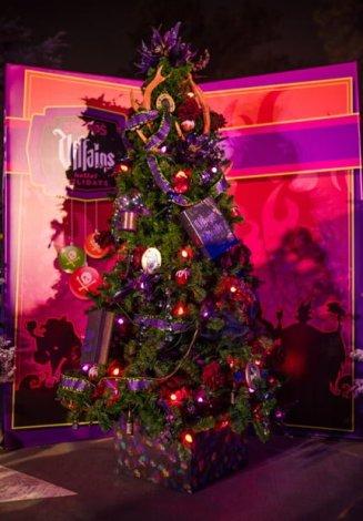 disney-springs-christmas-walt-disney-world-098
