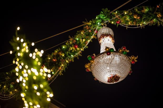 disney-springs-christmas-walt-disney-world-099