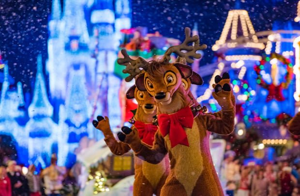 parade mickeys very merry christmas party walt disney
