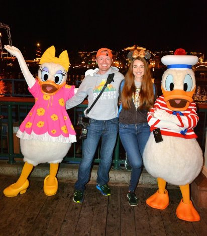 sarah-tom-bricker-donald-daisy-disney-california-adventure-dvc-party