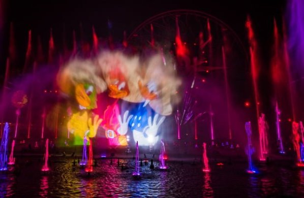 World of Color - Season of Light Review & Tips - Disney